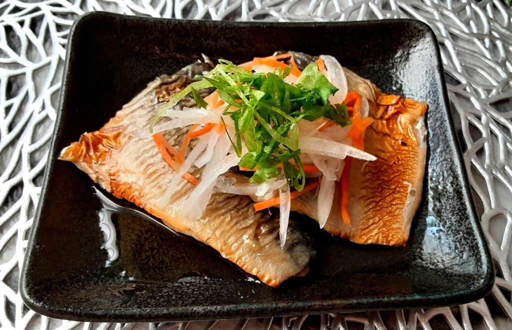 玉ねぎと鯖の焼きびたし写真1