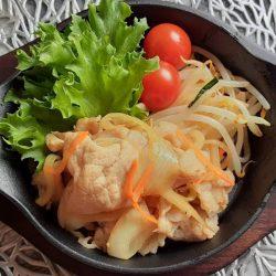 豚と玉ねぎの生姜焼き