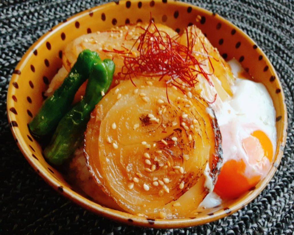 玉ねぎ丼 写真1