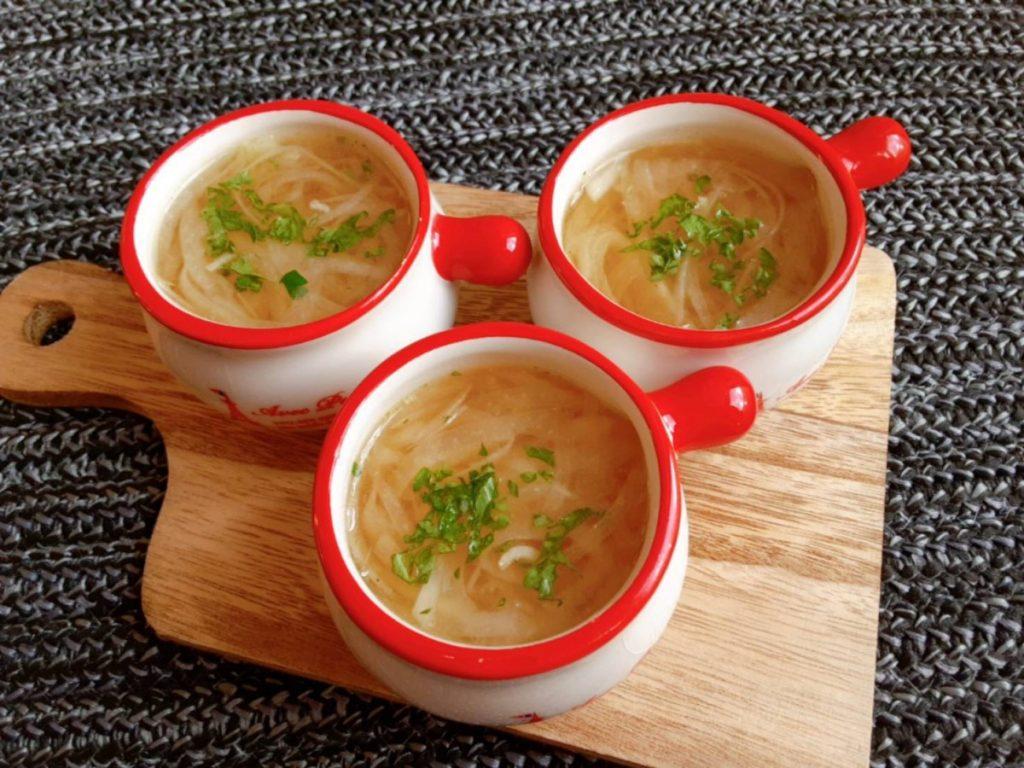 玉ねぎコンソメスープ(写真2)